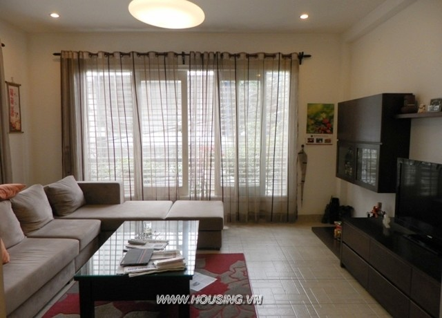 House near Alexandre Yersin school Hanoi for rent