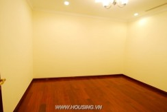 Fully furnished apartment Royal city (12)