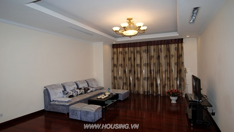 Fully furnished apartment Royal city (4)