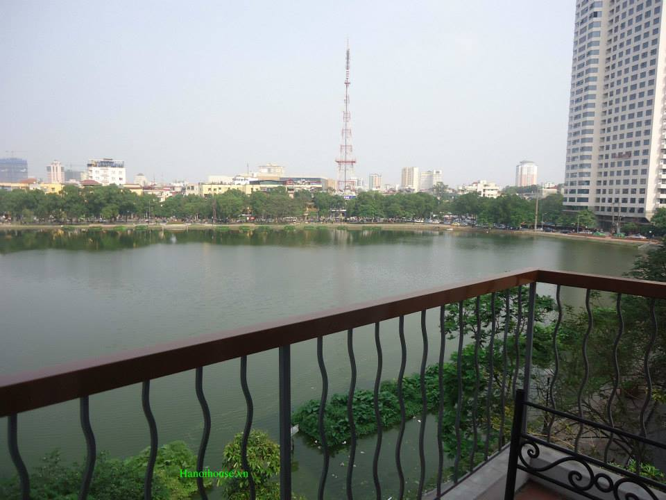 Lake view serviced apartment for rent in Ba Dinh