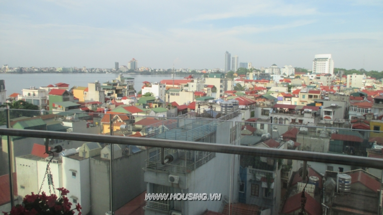 Golden West lake apartment for rent with 2 bedrooms