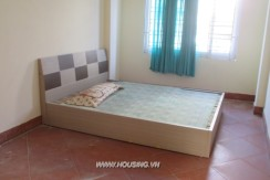 Cheap house in Doi Can for rent