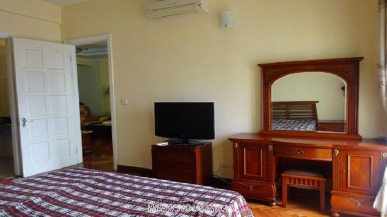 Ciputra-Apartment-08