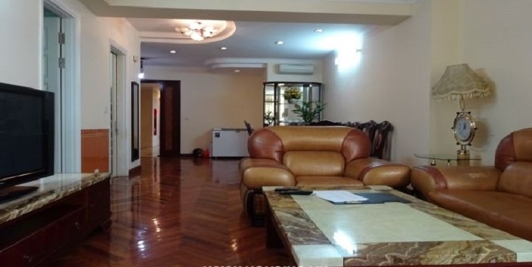 Ciputra-Apartment-14