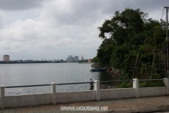 Lake-view-apartment-16