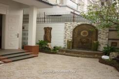 villa in ba dinh
