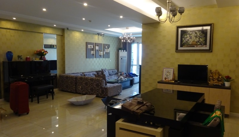 Ciputra Apartment 10