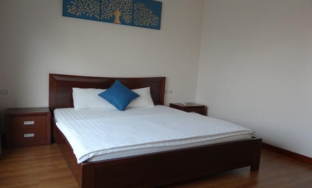 6.-bedroom-640x386