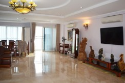 apartment in l2 tower (3)