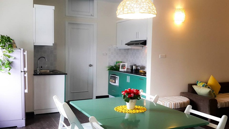 Cau Giay cheap apartment for rent in Pham Hung road