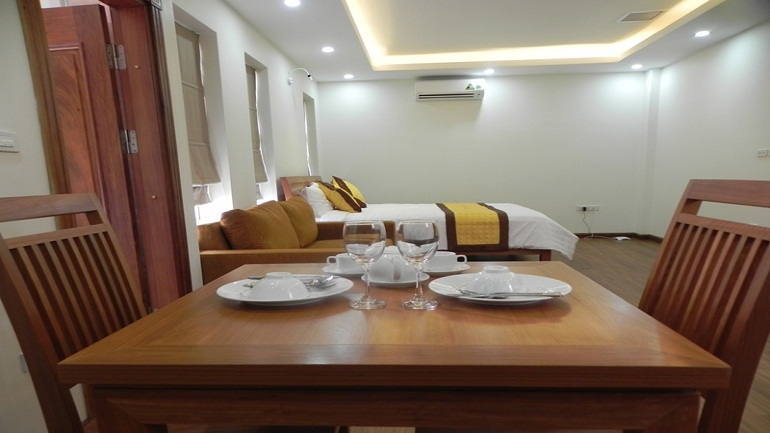 Studio apartment in Dong Da for rent