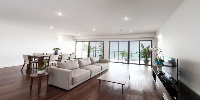 serviced apartment in hanoi lake view