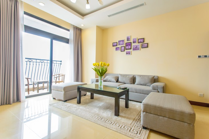 Apartment 02 bedrooms for rent in R4 building Royal City