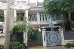 Cheap villa for rent in Ciputra