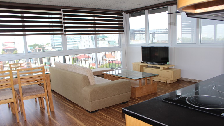 New high-floor apartment for rent in Ba Dinh