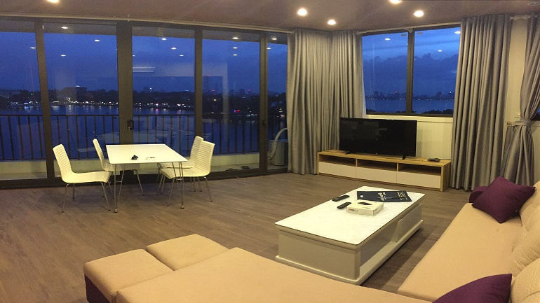 Brand new Apartment in Truc Bach for rent