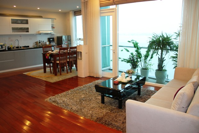 beautiful lake view serviced apartment 1
