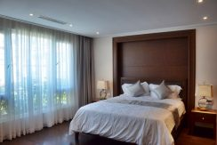 Căn hộ 2 phòng ngủ tại phố Hàng Chuối