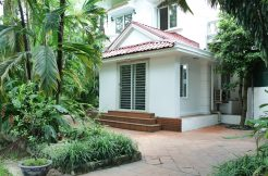 Villa in Tay Ho for rent