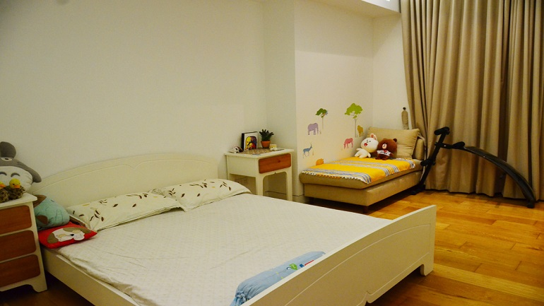 Apartment in Indochina plaza (4)