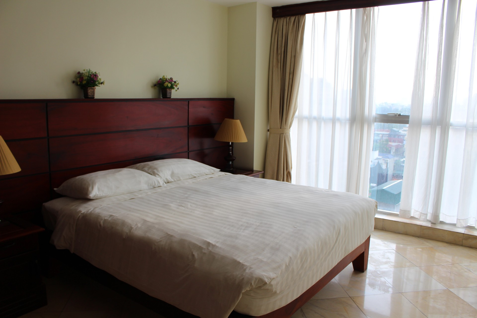 3 bedrooms apartment in Hai Ba Trung for rent
