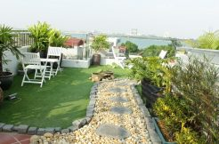 Cheap two-bedroom apartment in Tay Ho