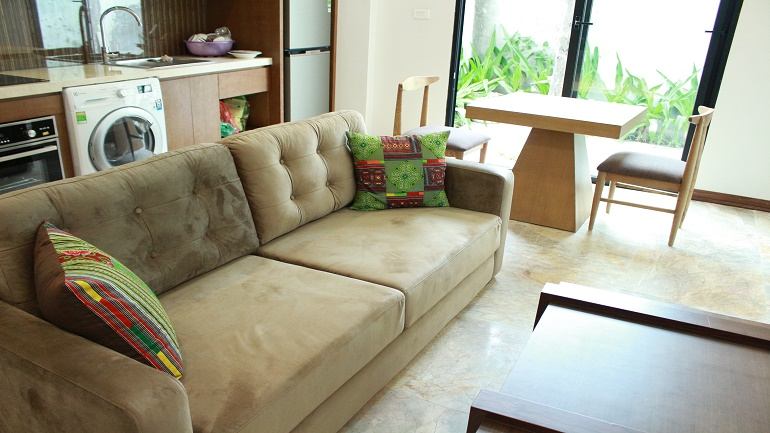New serviced apartment in Xuan Dieu, Tay Ho