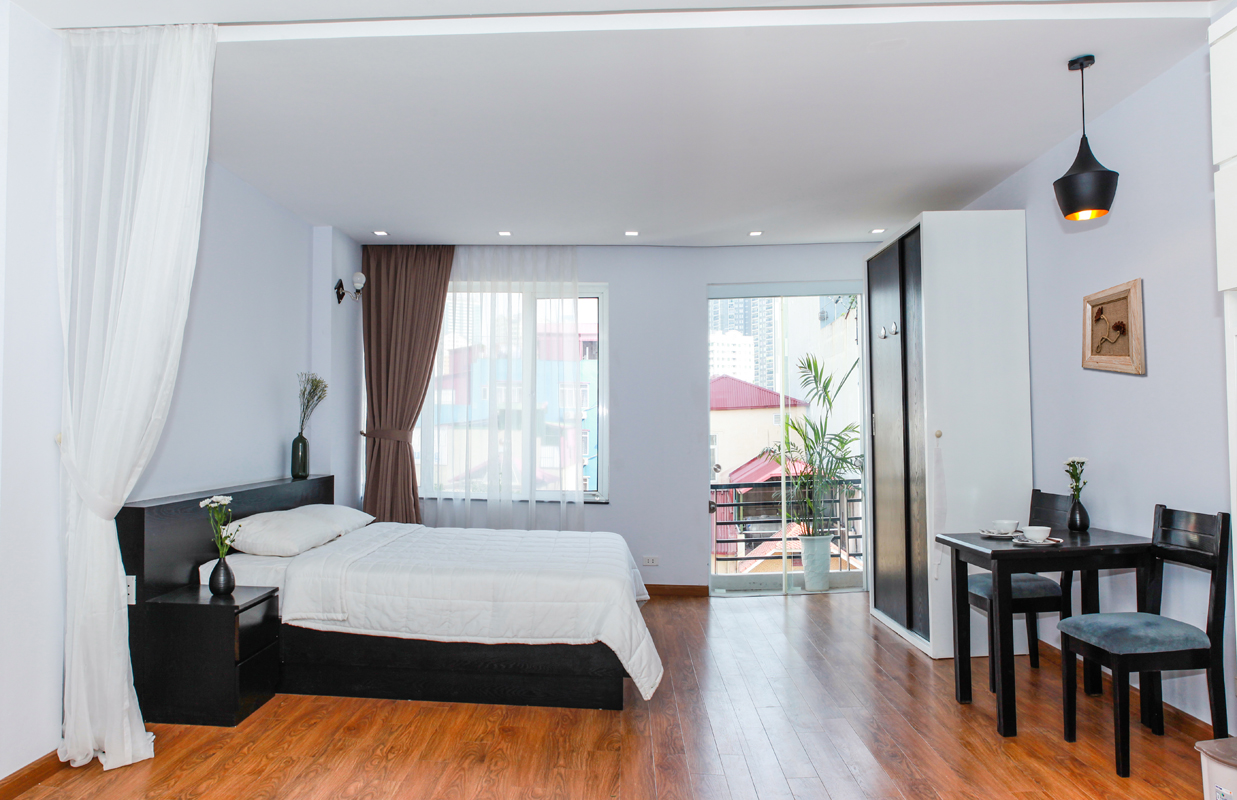 Brand new apartment in Trung Kinh for rent