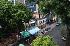Flat in Hoan Kiem district Hanoi for rent 02 bedrooms