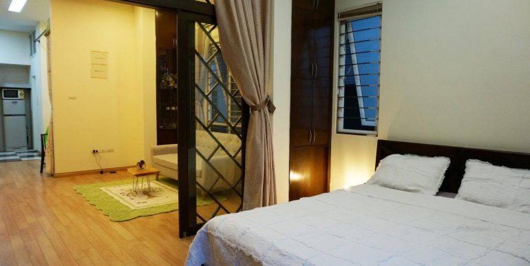 flat-for-rent-in-hoan-kiem-12