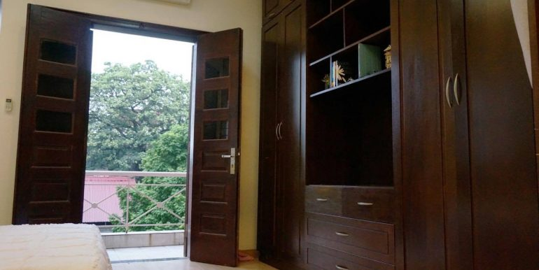 flat-for-rent-in-hoan-kiem-5