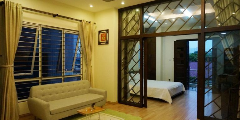 flat-for-rent-in-hoan-kiem-8