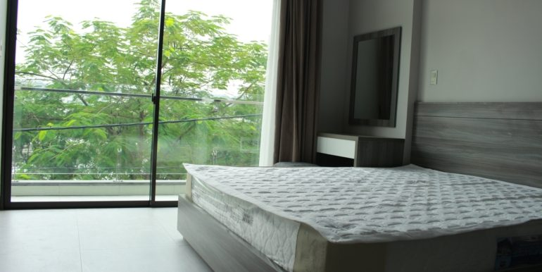 Lakeview studio in Trinh Cong Son st., Tay Ho dist. Hanoi