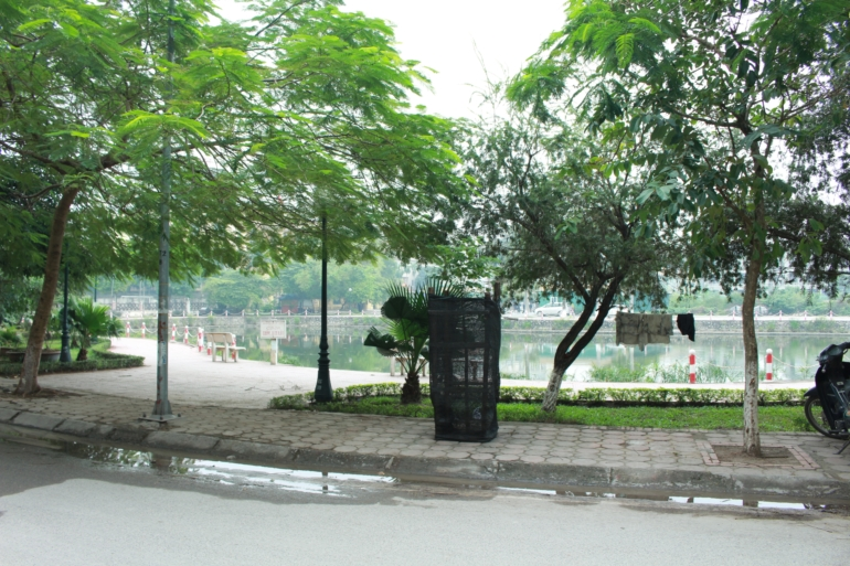 One bedroom with lakeview apartment Trinh Cong Son
