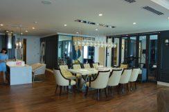 spacious apartment ciputra hanoi