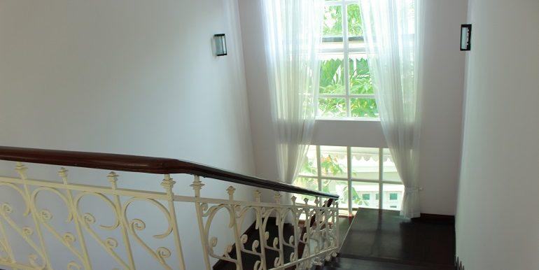 villa-ciputra-hanoi-1