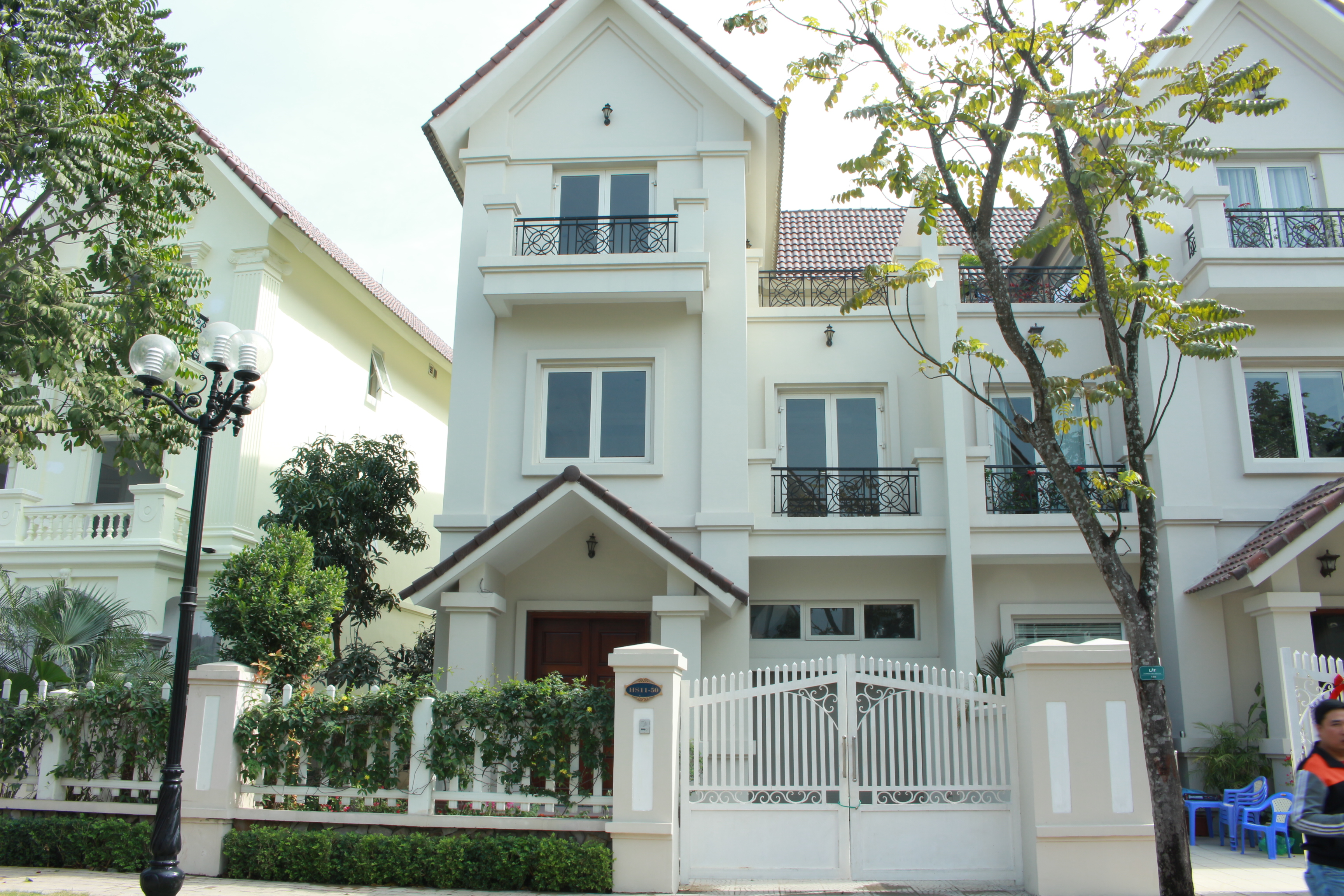 Beautiful Villa Vinhomes Riverside for rent