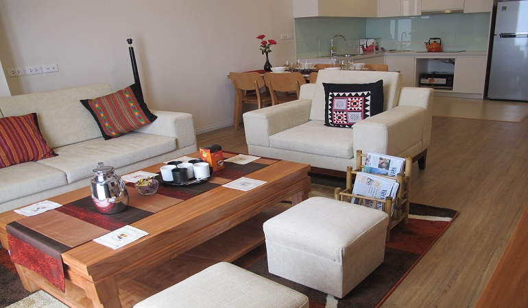 Mipec Riverside Apartment Tastefully Decorated, fully Furnished