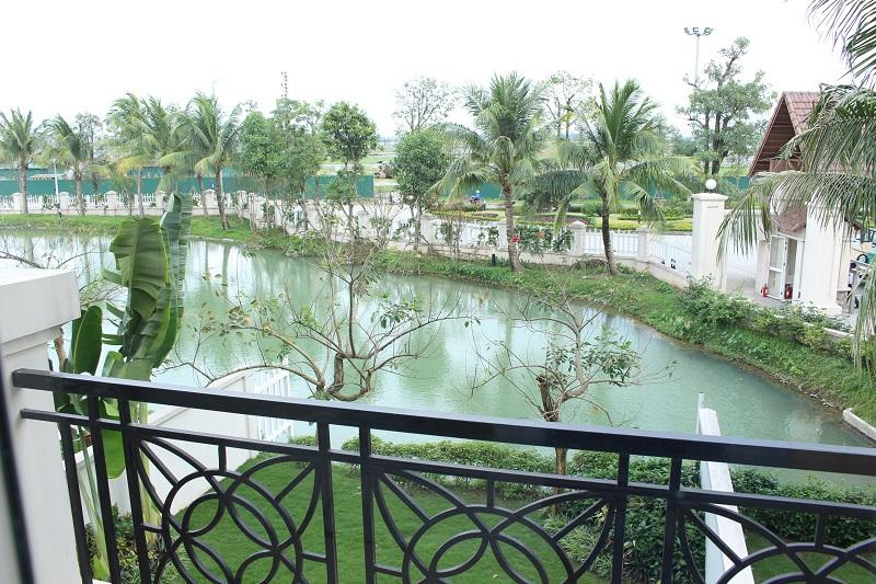 Vinhomes Riverside Villa Rental