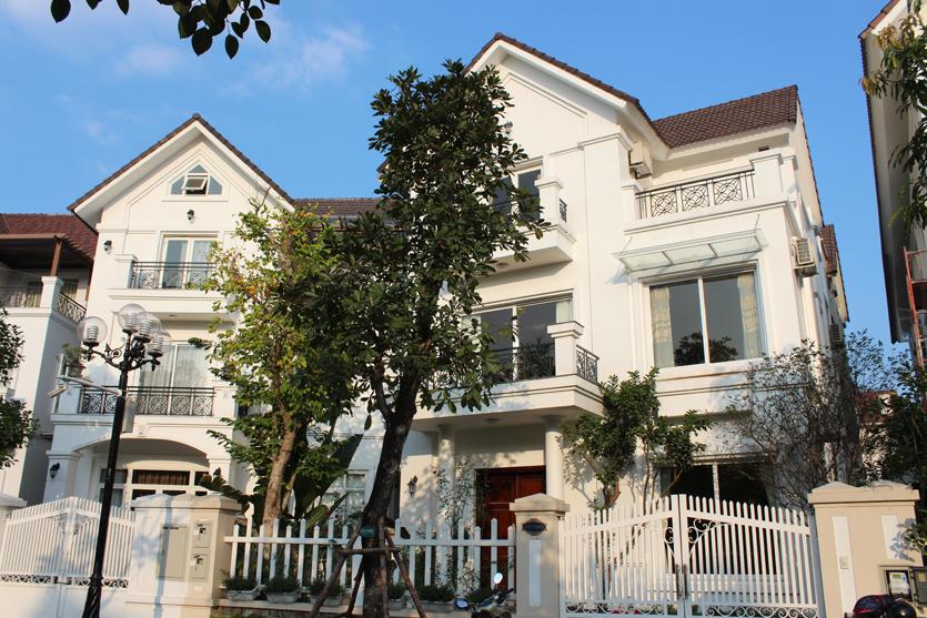 Villa Vinhomes Riverside Hanoi 3 bedrooms