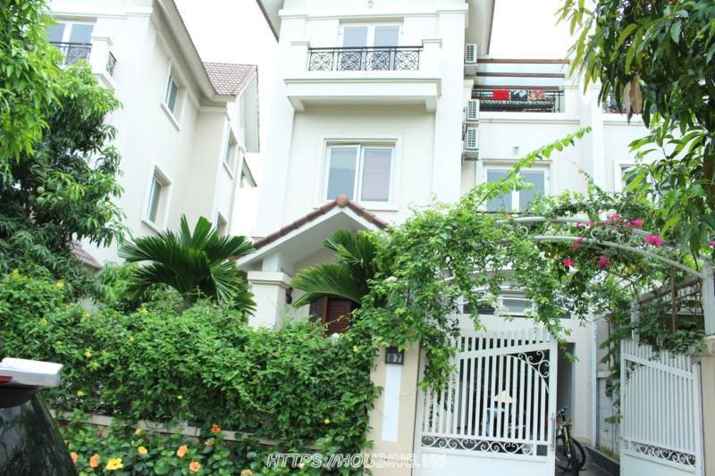 Nice Villa Vinhomes Riverside Long Bien for rent