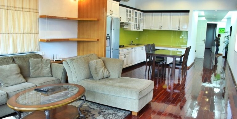 impressive apartment in Westlake with spacious balcony