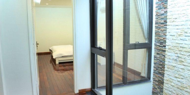 yen phu serviced apartment 08