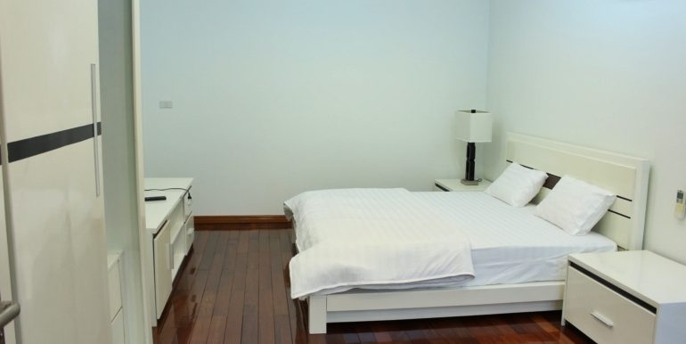 yen phu serviced apartment 09