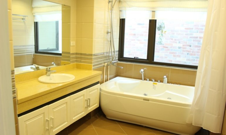 yen phu serviced apartment 13
