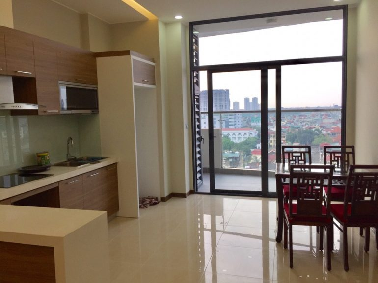Spacious apaprtment for rent in Trang An Complex