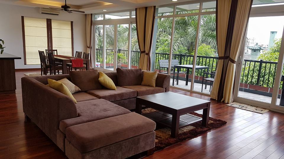 Spacious Apartment with garden view and lake view