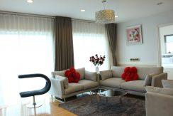 Cho thuê căn hộ chung cư Golden Westlake