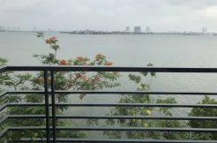 Cho thuê nhà riêng Mặt phố Nguyễn Đình Thi view trọn Hồ Tây
