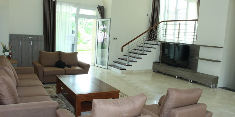 New beautiful villa in Ciputra